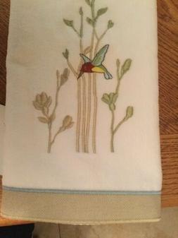 colibri hand towel white hand towel