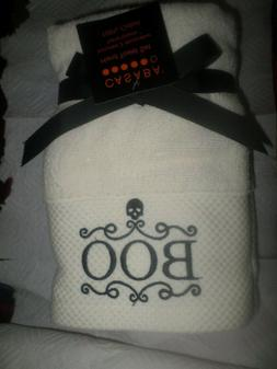 """Casaba Halloween Embroidered """"BOO""""  White Hand Towels 2) NWT"""