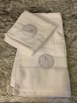 Kassafina 2 White Brick Pattern Hand Towels