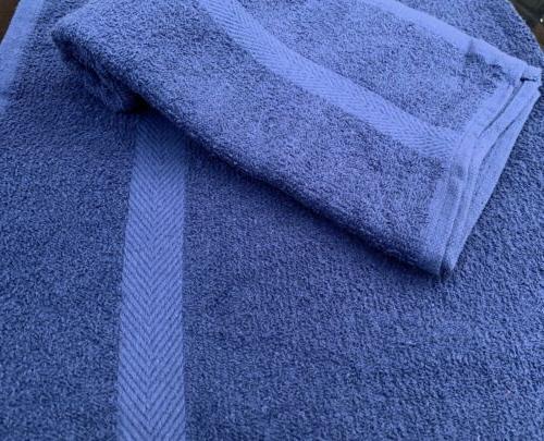 24 NEW SPA GYM TOWELS BORDER PREMIUM