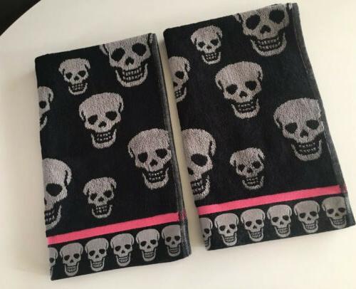 betsy johnson 2 crazy skulls blk pop