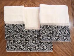 New AVANTI LINENS Set of 3 HEIRLOOM Ivory 100% Cotton Bath H