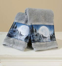 The Lakeside Collection Set of 2 Wolf Pack Hand Towels for B