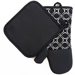 Shaped Oven Mitts and Pot Holders for Kitchen Set With Cotto
