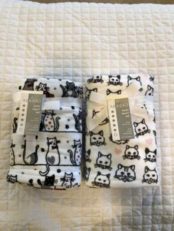 Two Sets Casaba Luxury Soft Hand towels. Fun Cat Kitty Cat P